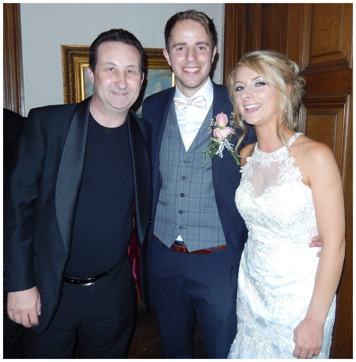 Wedding magic supplied by Andy Field magician in Oxfordshire