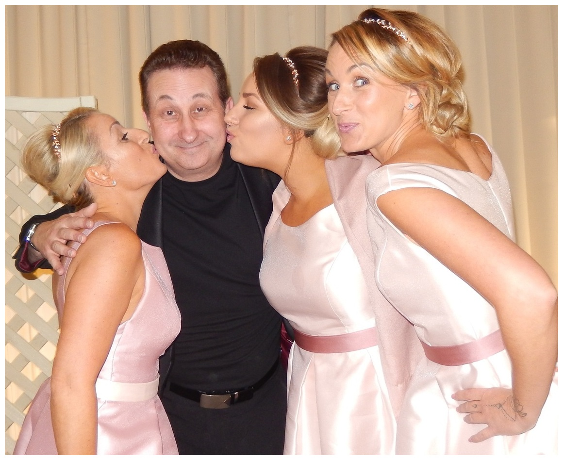 Slough wedding and party magician Andy Field is a hit with the bridesmaids