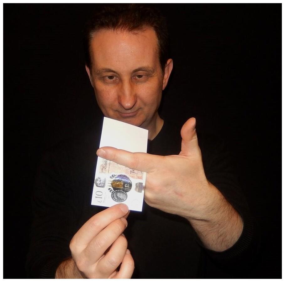 Milton Keynes magician prices and fees.